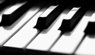 lekcje gry na pianinie może brać każdy
