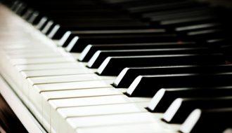 zapisz dziecko na lekcje pianina
